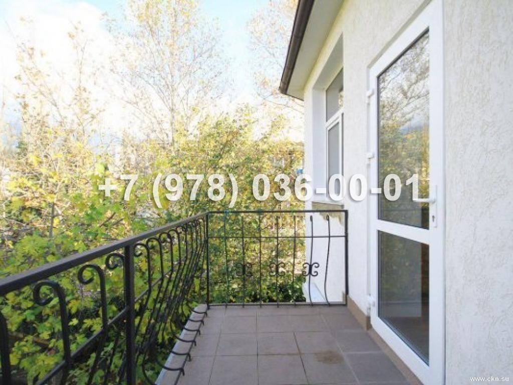 №1289 дом 220 м<sup>2</sup><br /> участок 5 сот.<br>Ялта