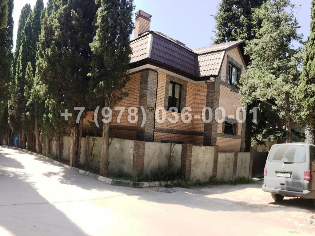 №1600 дом 220 м<sup>2</sup>, ул. Днепровская